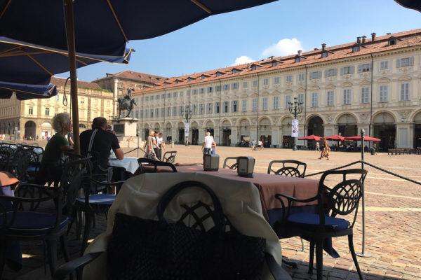 トリノの中心にあるカフェは1903年開業の老舗